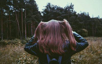 La chute de cheveux saisonnière : Quelles sont les causes ?